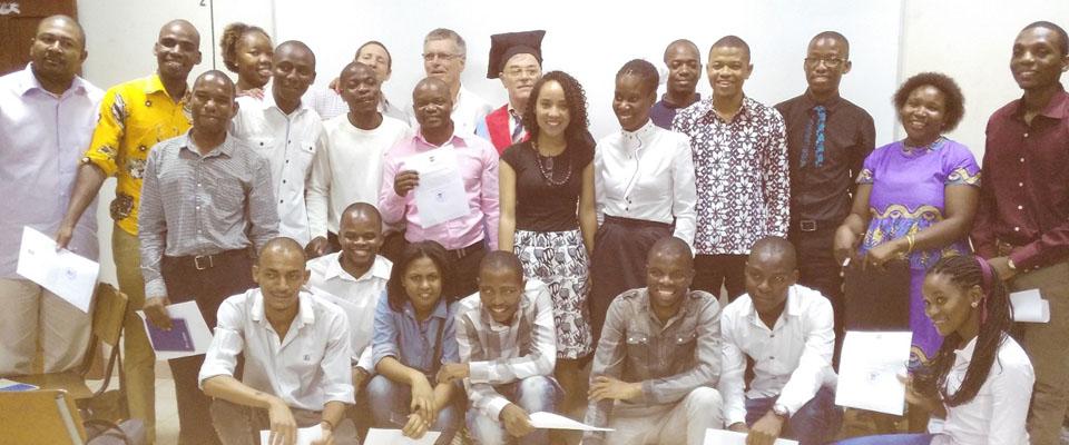 Estudantes da FAPF defendem trabalho do fim do curso